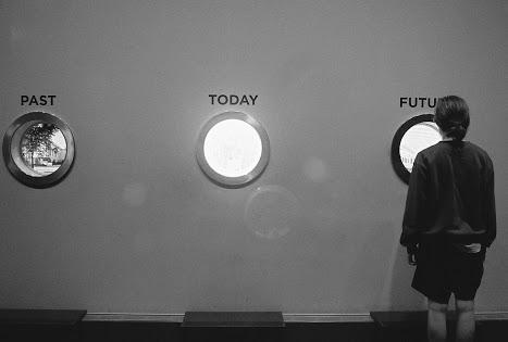 É desnecessário trazer para o presente e reviver erros que só acrescentam tristeza e dor